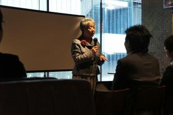 自身の「仕事にかける思い」を話すアバンティ渡邊智惠子代表。