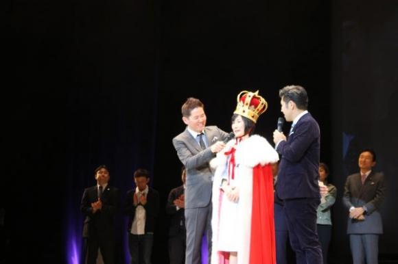 グランプリとソーシャルビジネス賞をダブル受賞した理栄養士の麻植有希子さん
